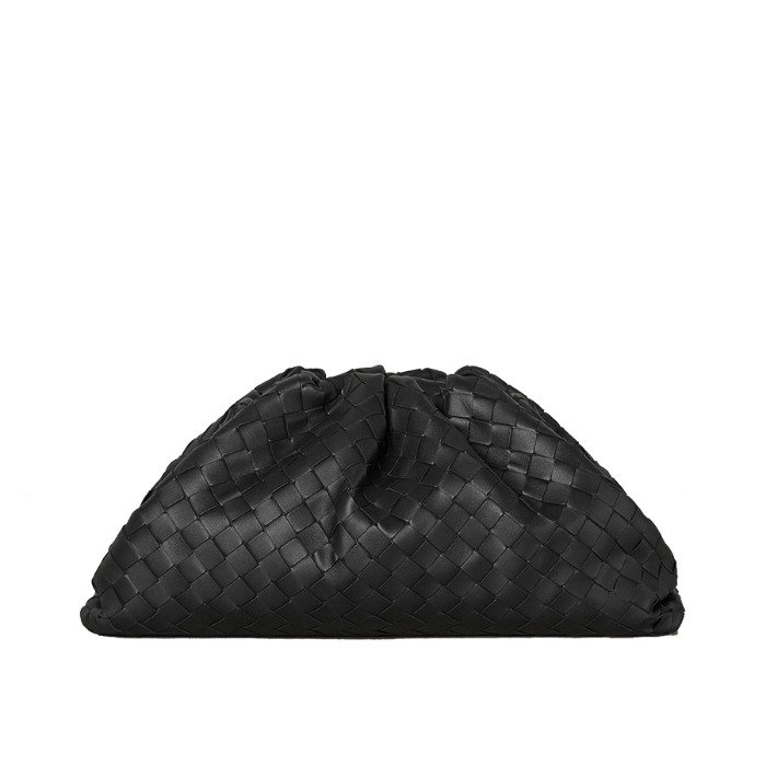 유럽직배송 보테가 베네타 파우치 BOTTEGA VENETA THE POUCH IN MAXI INTRECCIO 576175VO0BL1229