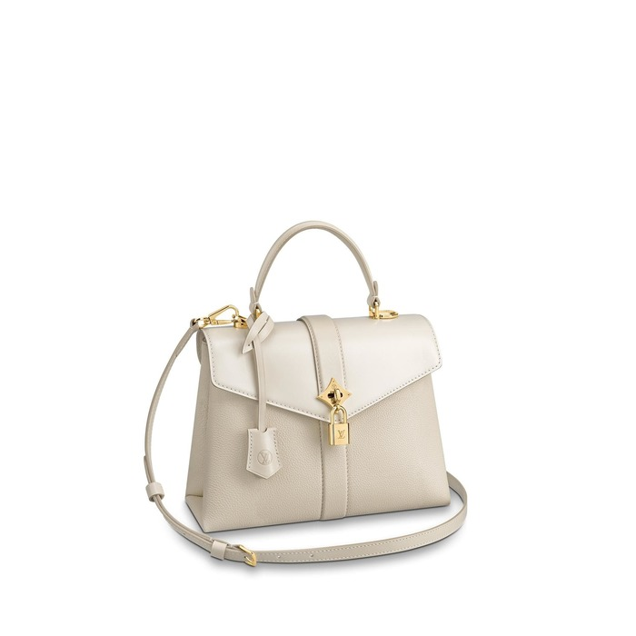 유럽직배송 루이비통 LOUIS VUITTON Rose des Vents PM M53822