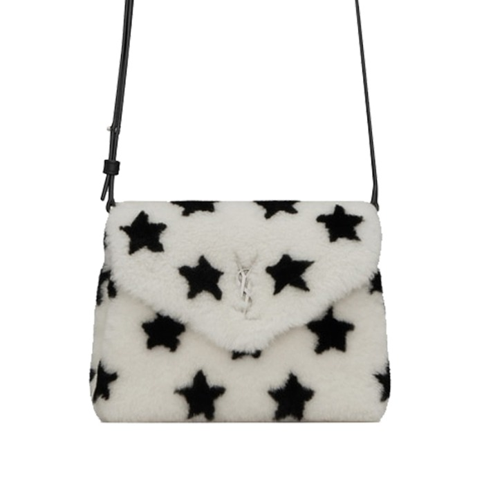 유럽직배송 생로랑 루루 토이백 YSL LOULOU TOY BAG IN SHEARLING WITH A STAR PRINT 531648BTO1E1863